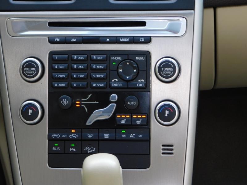 Volvo XC60 2010 price $9,990