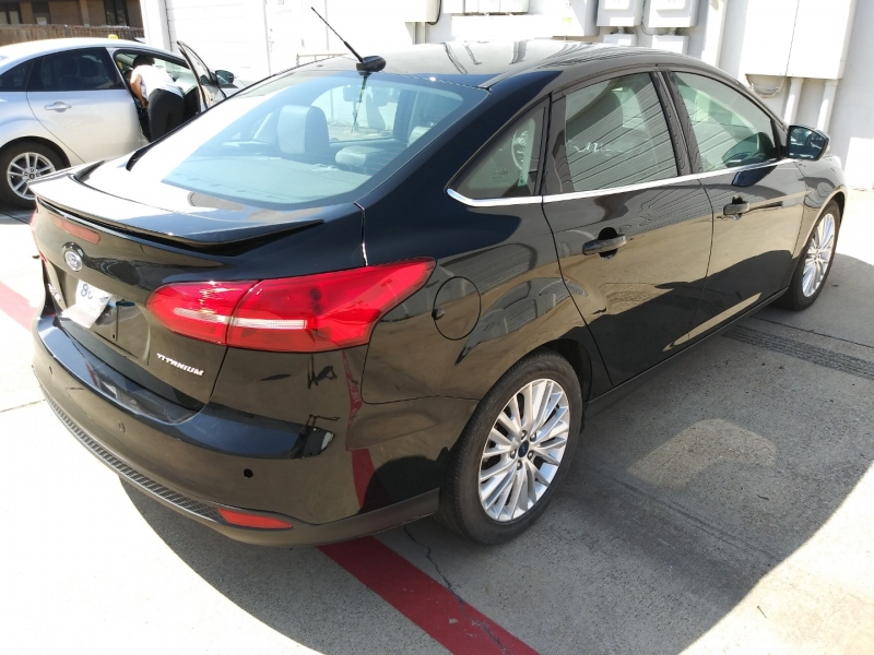 Ford Focus 2017 price $11,599