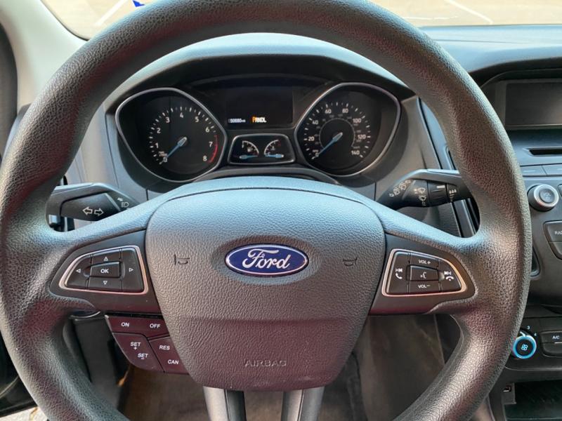 Ford Focus 2017 price $8,499