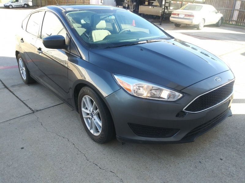 Ford Focus 2018 price $7,999