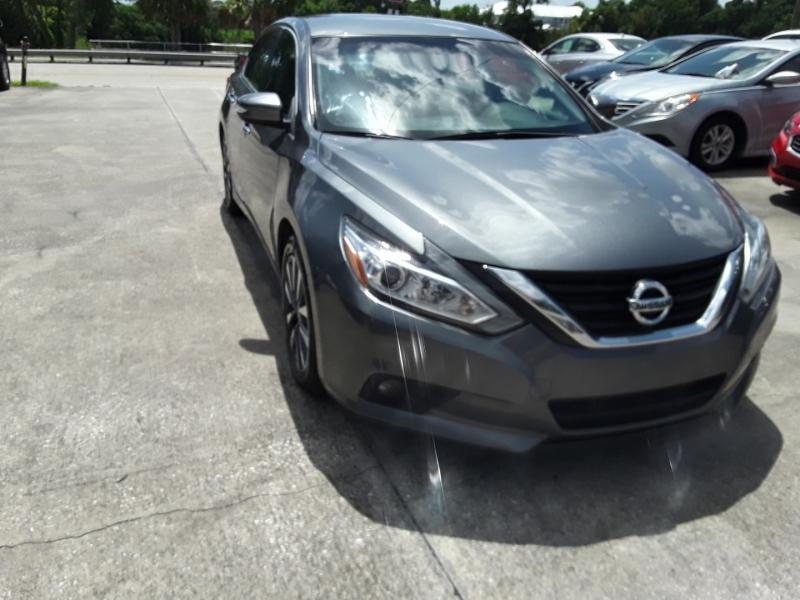 Nissan Altima 2017 price $12,999