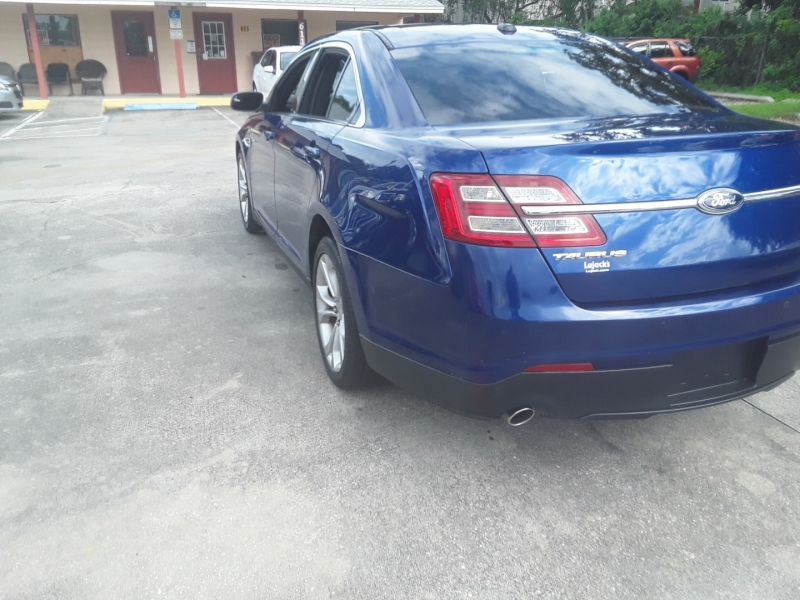 Ford Taurus 2013 price $9,999