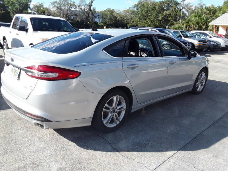 Ford Fusion Hybrid 2018 price $11,999