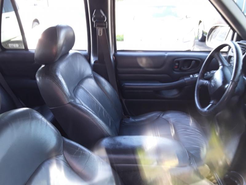 Chevrolet Blazer 2000 price $2,300