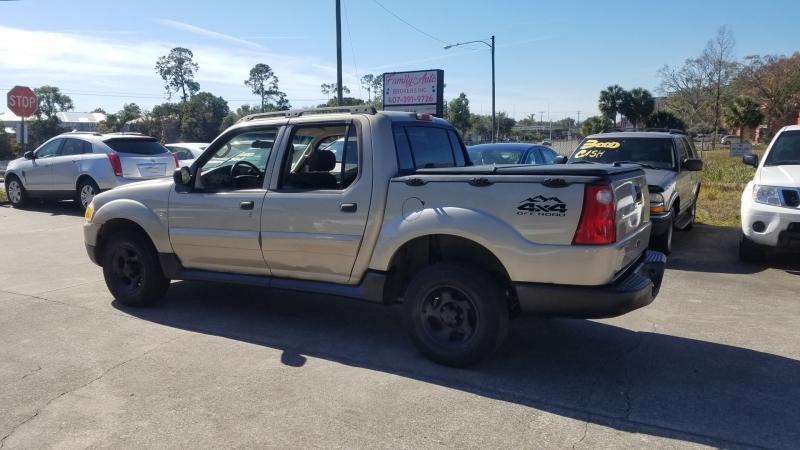 Ford Explorer Sport Trac 2005 price $7,999