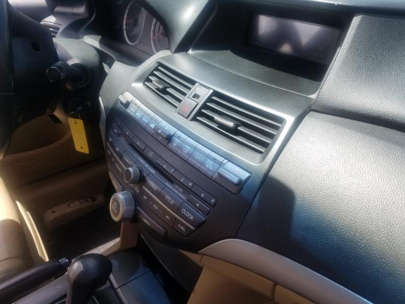 Honda Accord Cpe 2011 price $9,999