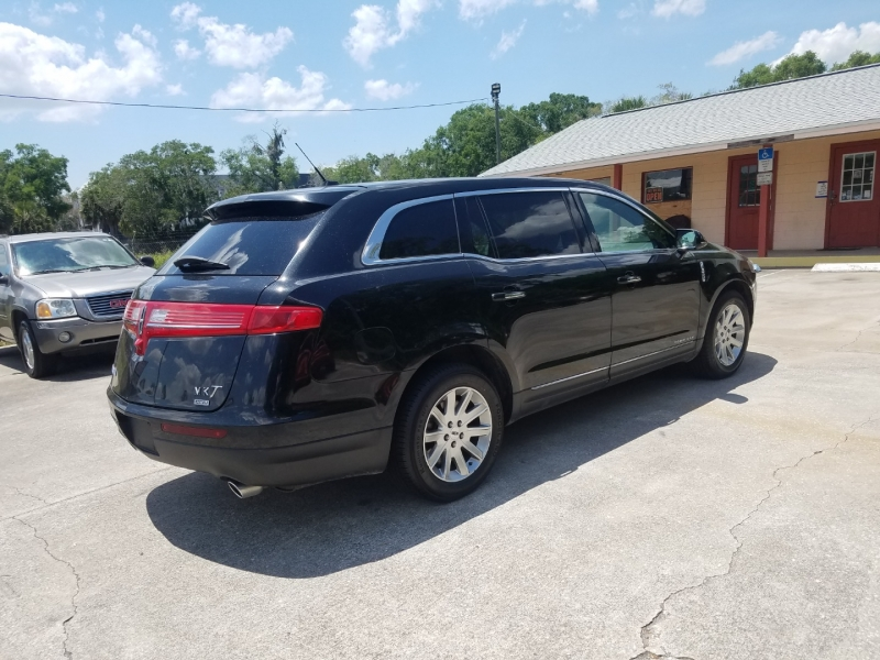 Lincoln MKT 2015 price $11,999