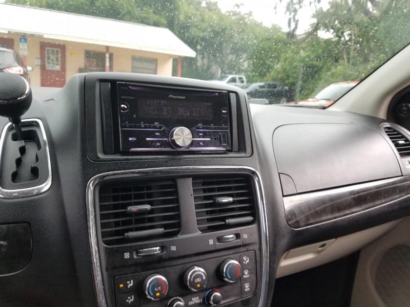 Dodge Grand Caravan 2012 price $6,999