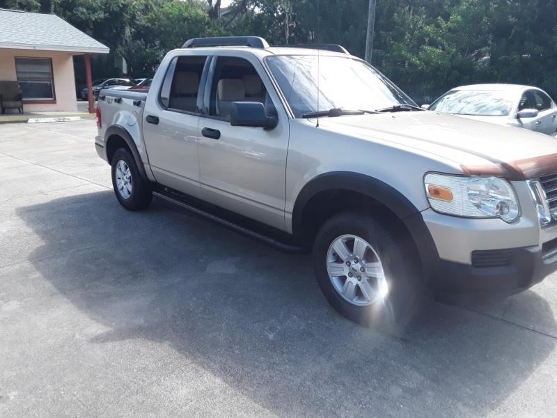 Ford Explorer Sport Trac 2007 price $9,999
