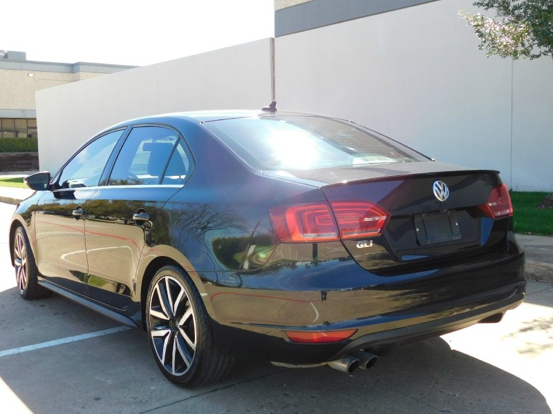 Volkswagen Jetta Sedan 2014 price $10,990