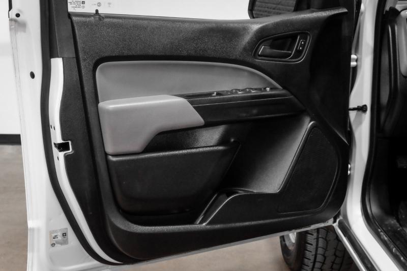 Chevrolet Colorado 2017 price $18,990
