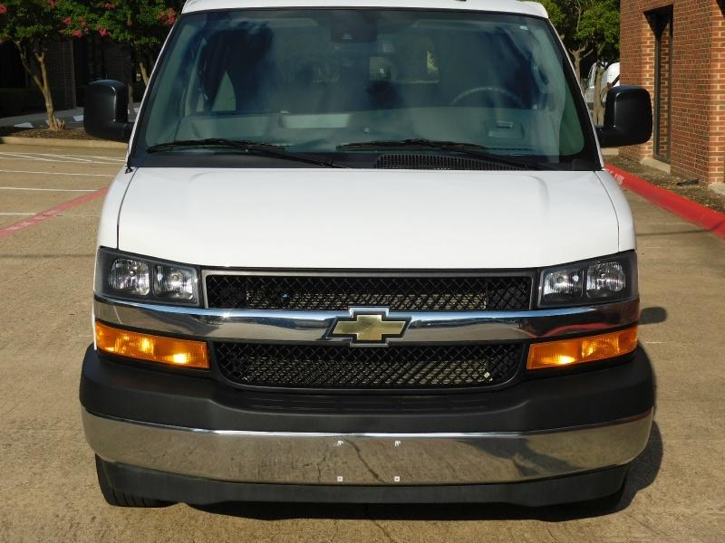 Chevrolet Express Passenger 2019 price $18,990