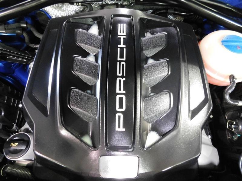 Porsche Macan 2017 price $38,990