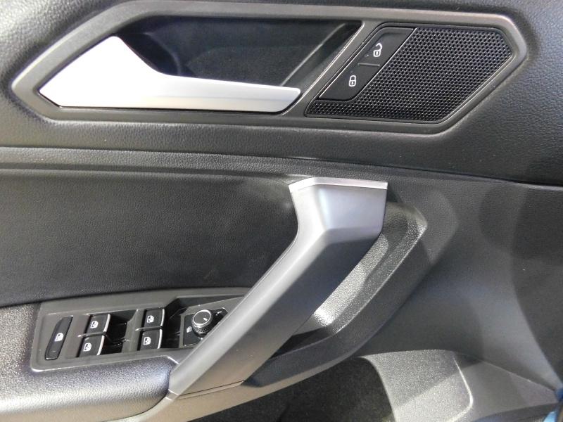 Volkswagen Tiguan 2019 price $22,990