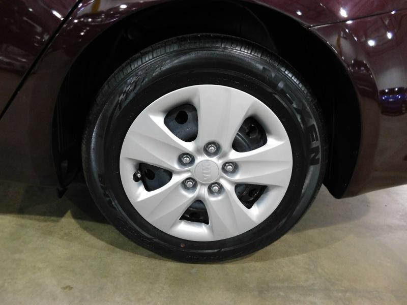 Kia Forte 2018 price $10,990
