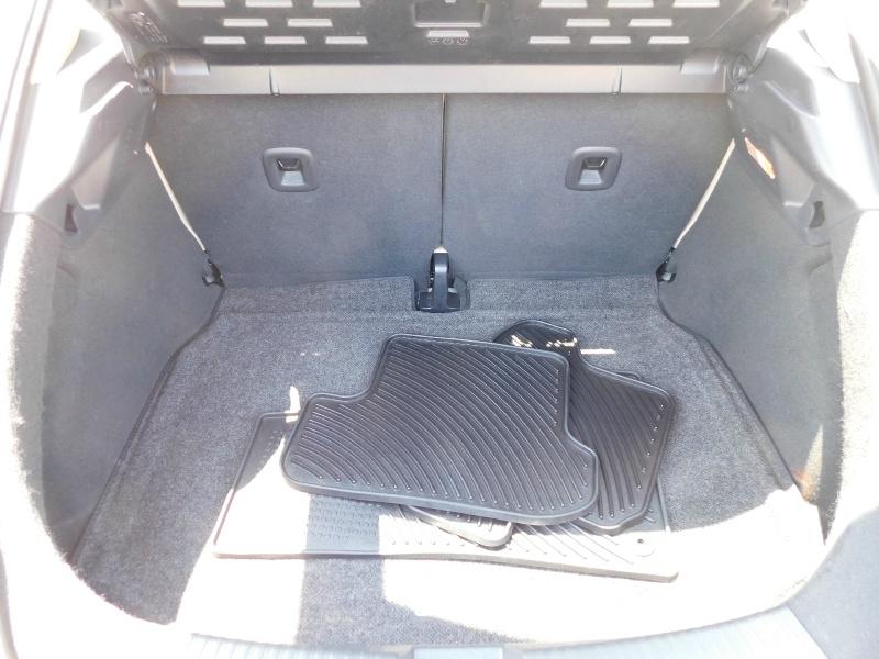 Volkswagen Beetle Coupe 2014 price $12,990