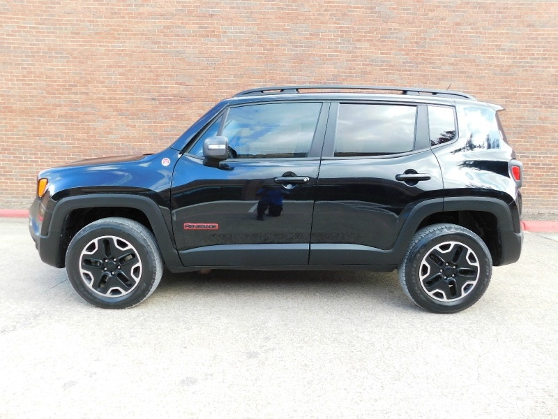 Jeep Renegade 2017 price $17,990