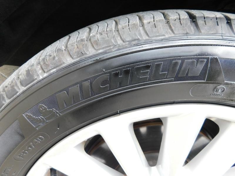 Lincoln MKC 2019 price $25,990