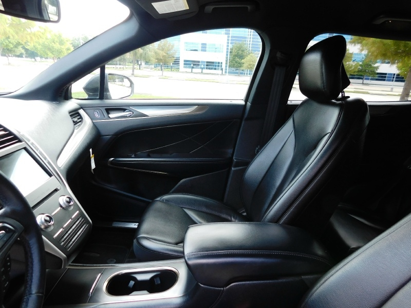 Lincoln MKC 2019 price $24,940