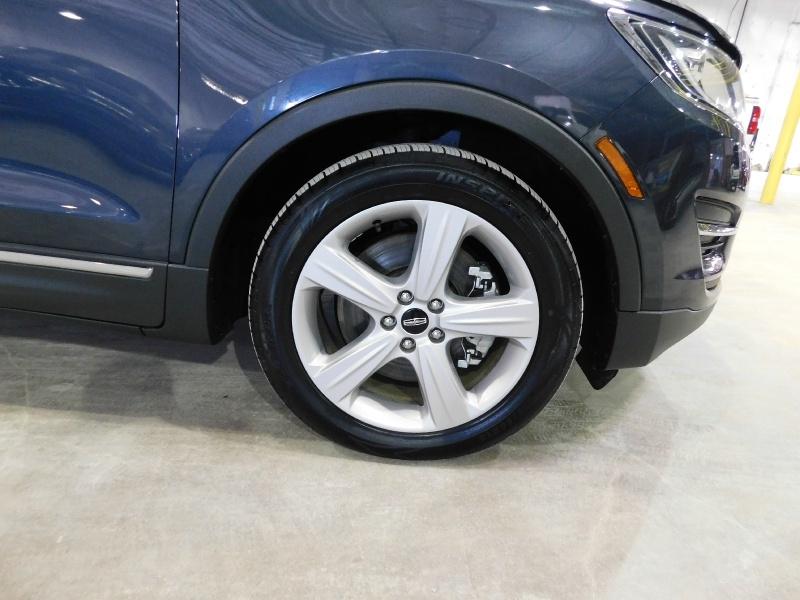 Lincoln MKC 2015 price $15,990