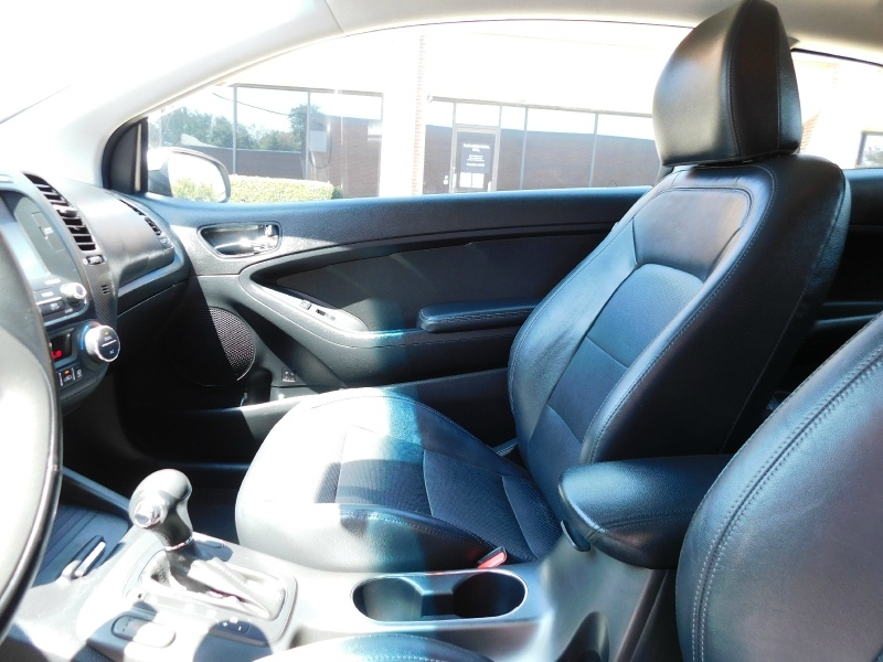 Kia Forte Koup 2014 price $10,990