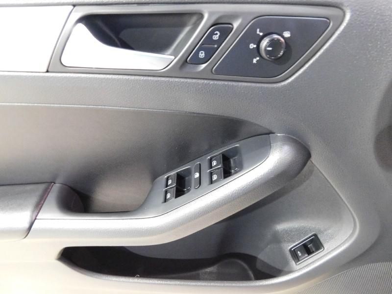 Volkswagen Jetta Sedan 2016 price $14,990