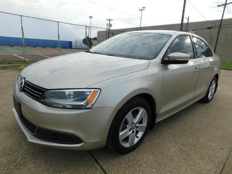 Volkswagen Jetta Sedan 2014 price $12,490