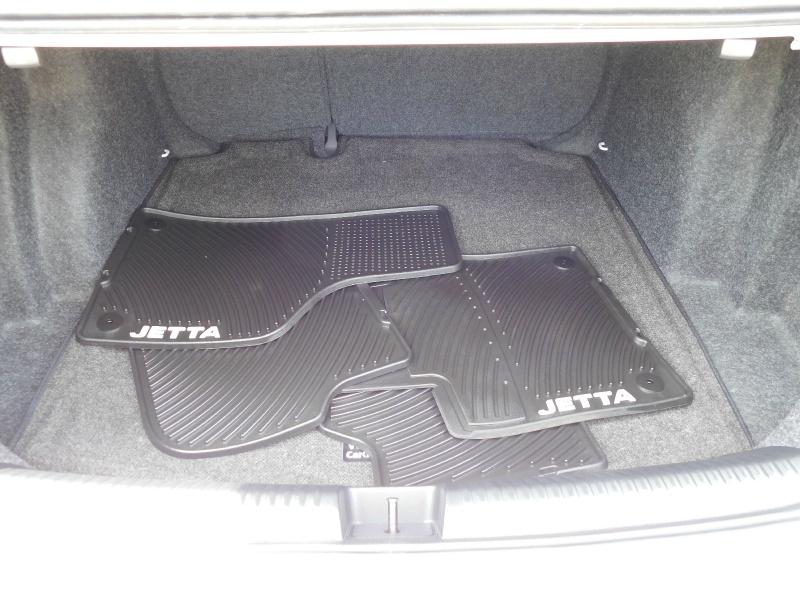 Volkswagen Jetta 2017 price $12,990