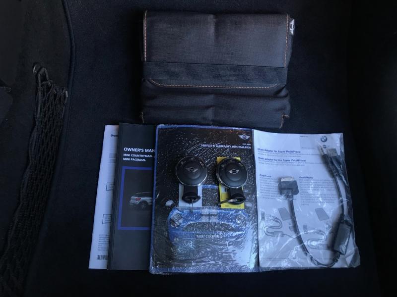 Mini Cooper Countryman 2015 price $12,500