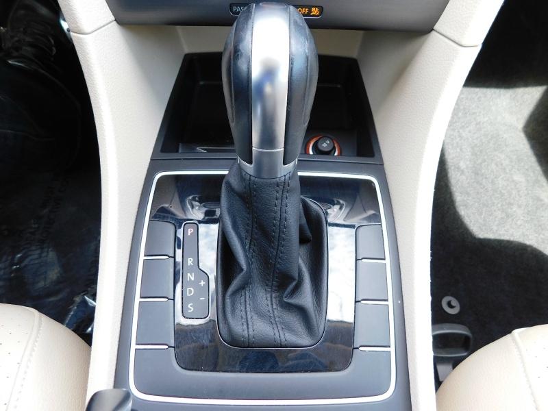 Volkswagen Passat 2017 price $15,490
