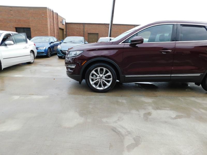 Lincoln MKC 2019 price $23,990