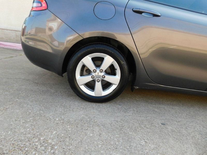 Dodge Dart 2015 price $7,990