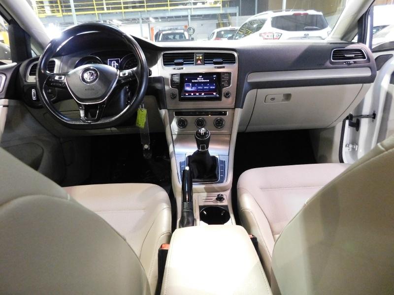 Volkswagen Golf 2015 price $11,990