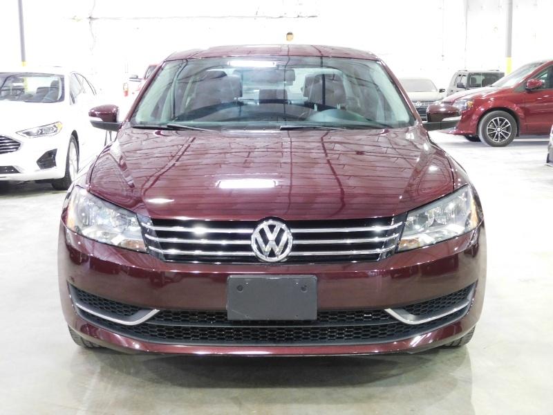 Volkswagen Passat 2014 price $13,990