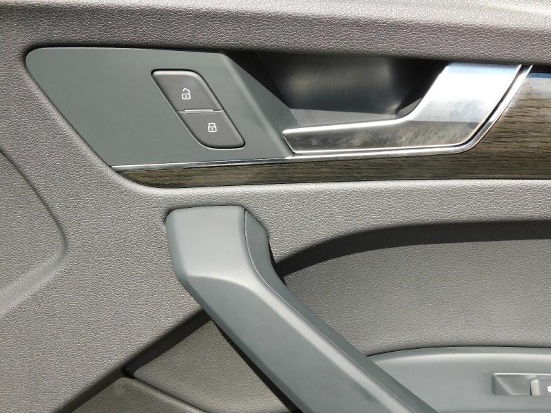 Audi Q5 2018 price $30,990