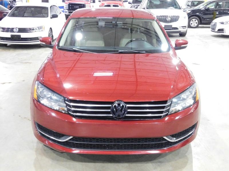 Volkswagen Passat 2015 price $9,390