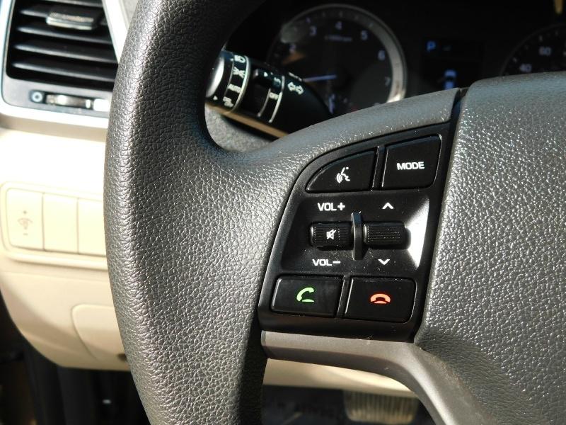 Hyundai Tucson 2017 price $14,750