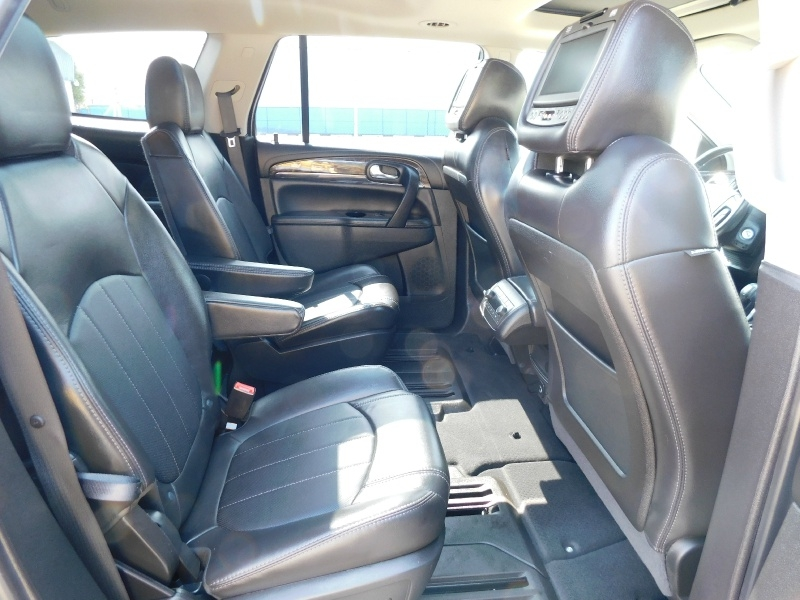 Buick Enclave 2017 price $16,990