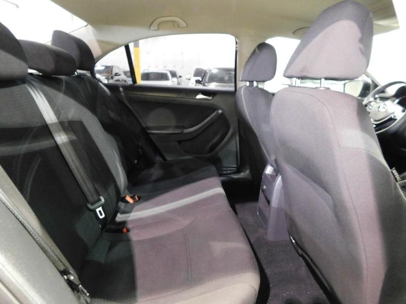 Volkswagen Jetta Sedan 2016 price $9,250