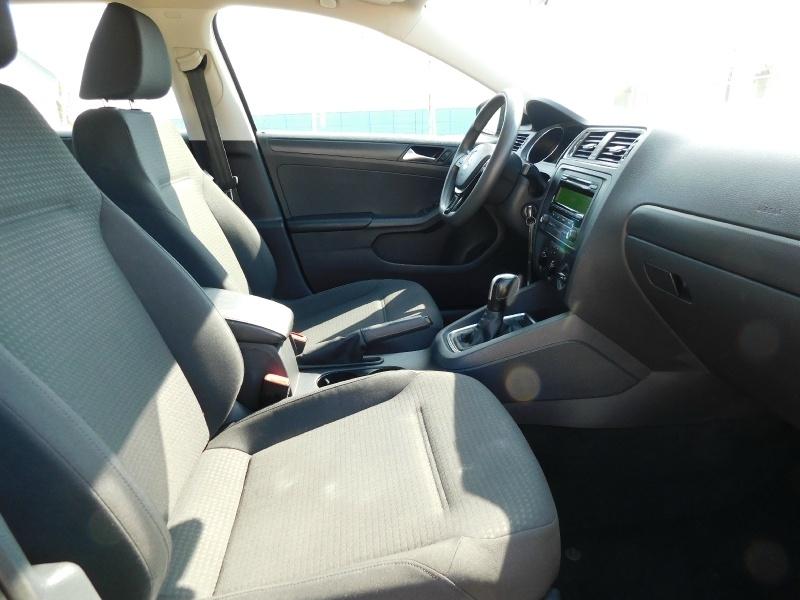 Volkswagen Jetta Sedan 2015 price $9,990