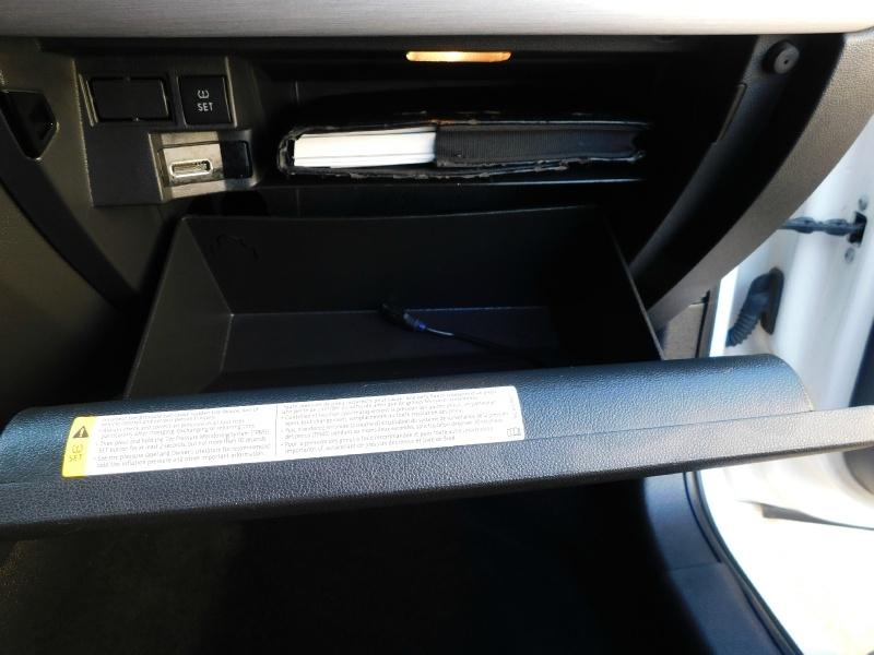 Volkswagen Jetta Sedan 2013 price $10,990