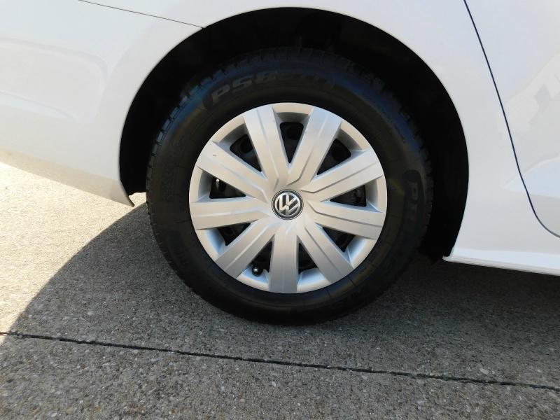 Volkswagen Jetta Sedan 2016 price $9,990