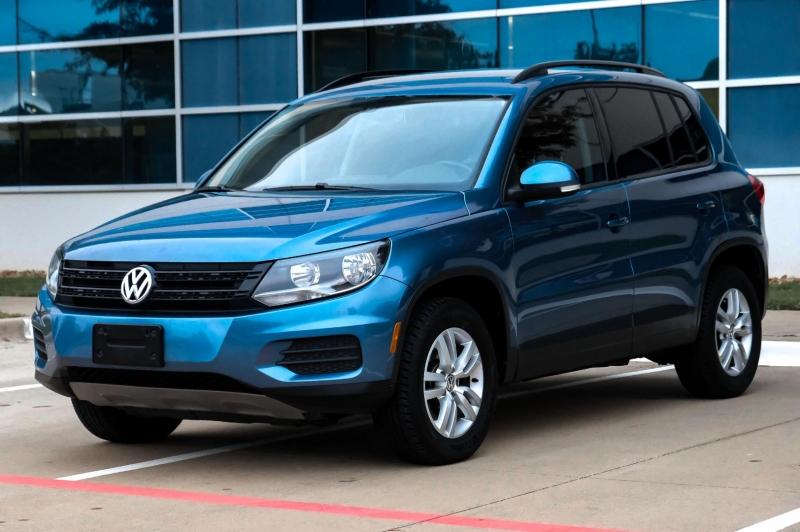 Volkswagen Tiguan 2017 price $11,990