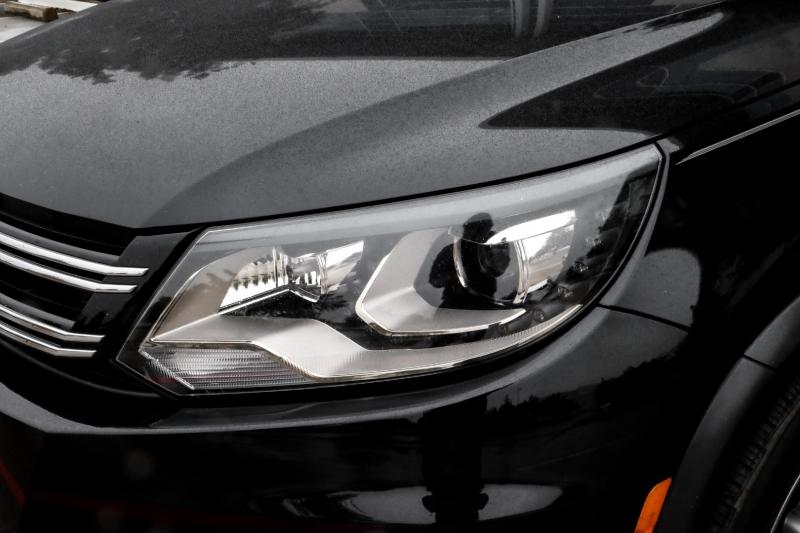 Volkswagen Tiguan 2017 price $14,990