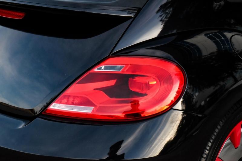 Volkswagen Beetle Coupe 2013 price $12,990