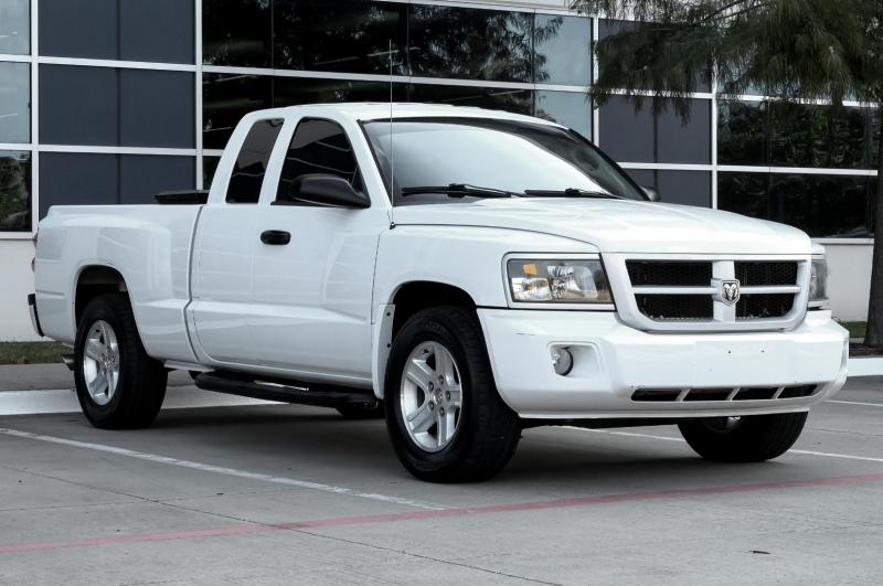 RAM Dakota 2011 price $11,990