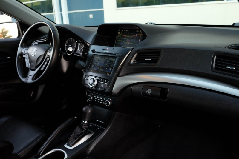 Acura ILX 2018 price $21,990