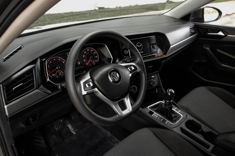 Volkswagen Jetta 2019 price $12,990