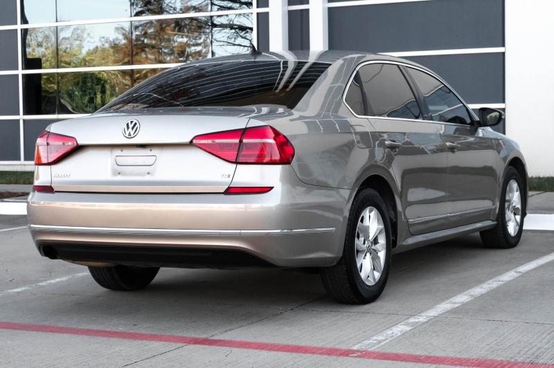 Volkswagen Passat 2016 price $8,890