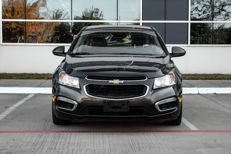 Chevrolet Cruze 2015 price $6,990